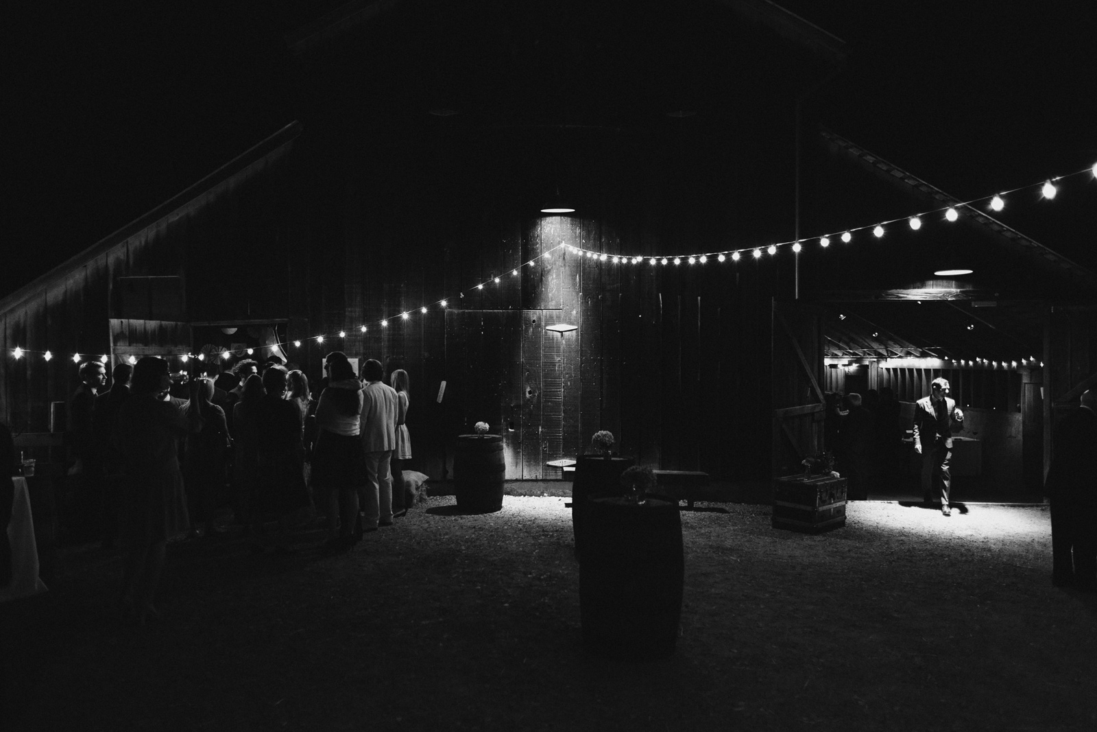 bolinas-barn-wedding