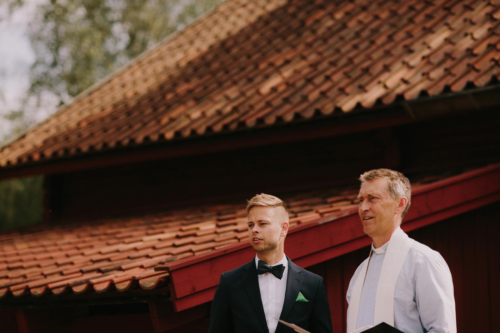 sweden-outdoor-wedding