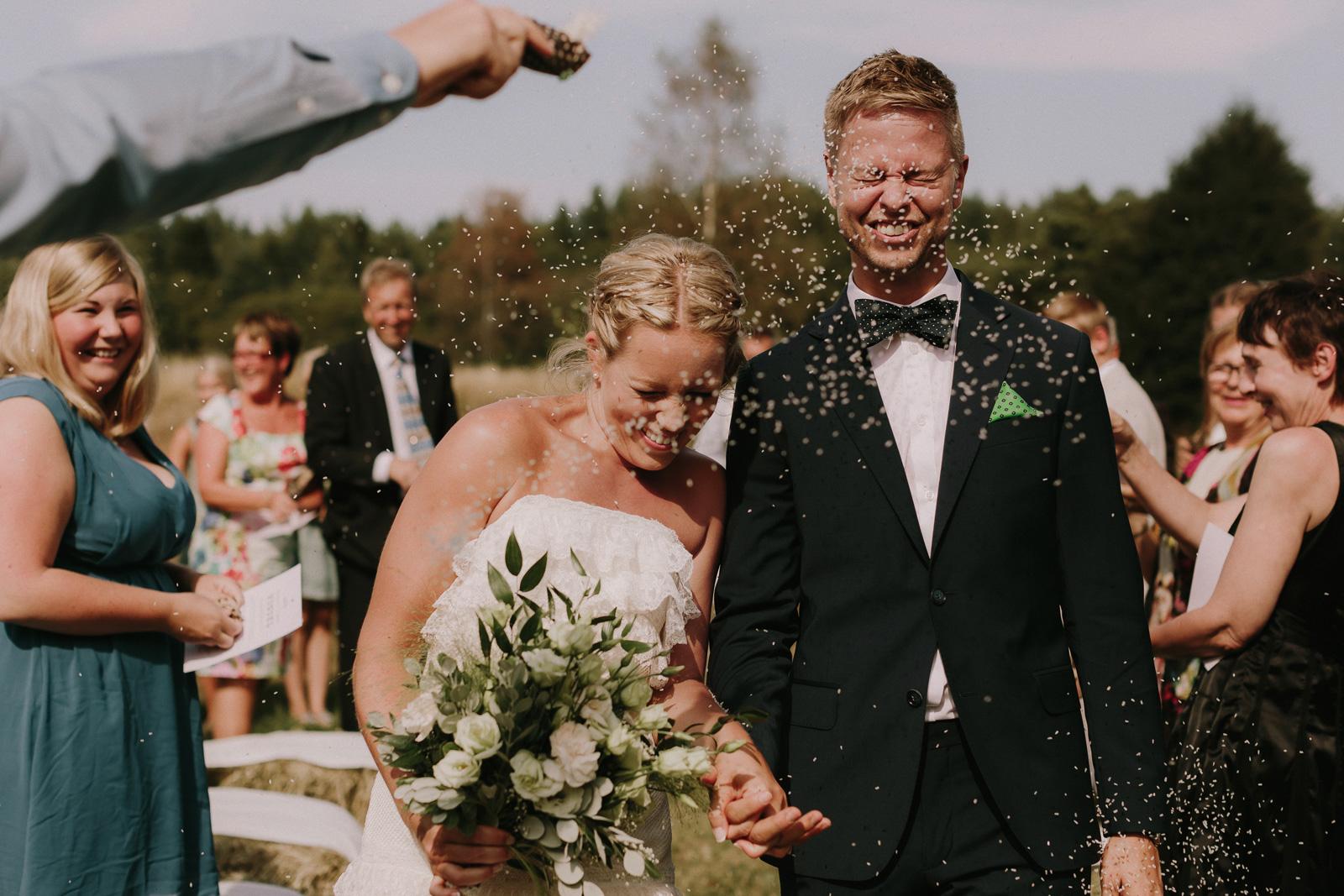 intimate-outdoor-wedding