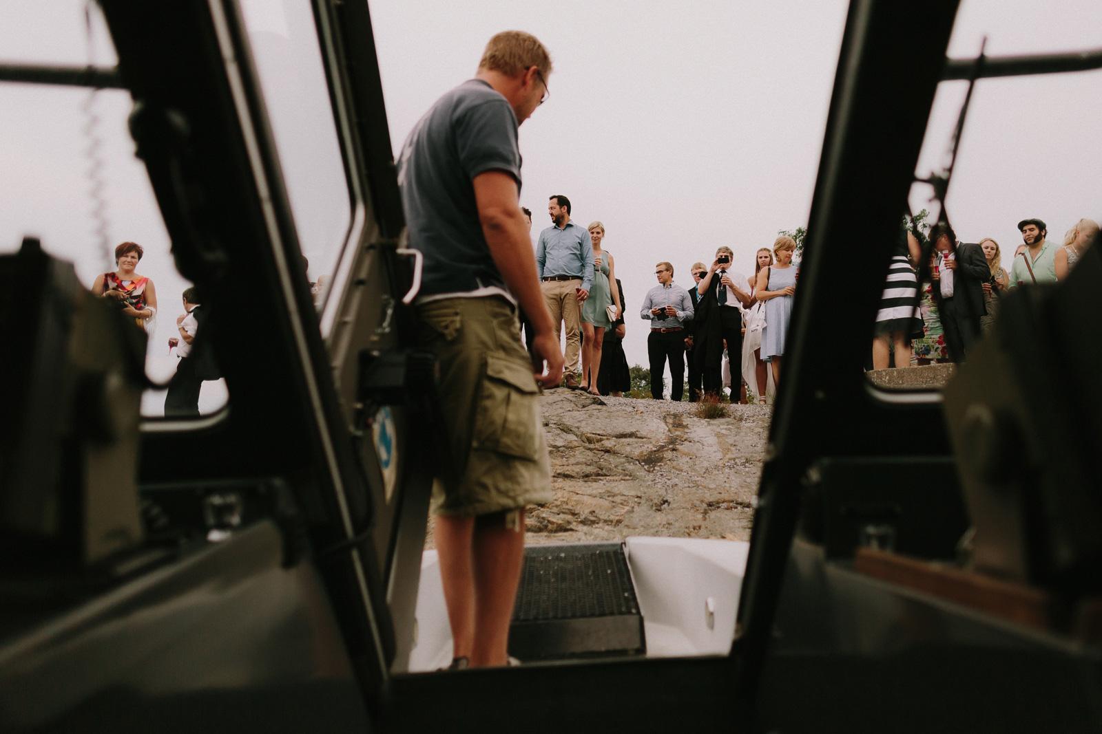 wedding-speed-boat