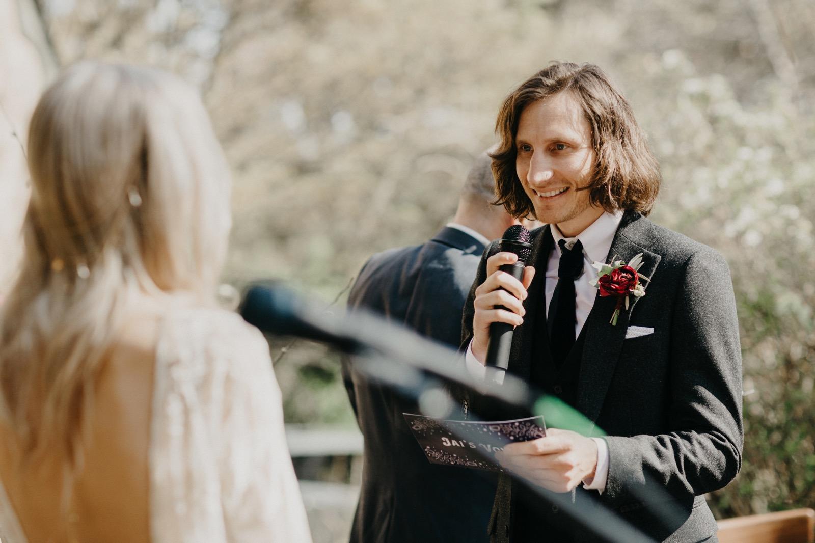 documentary-wedding-photography 00122