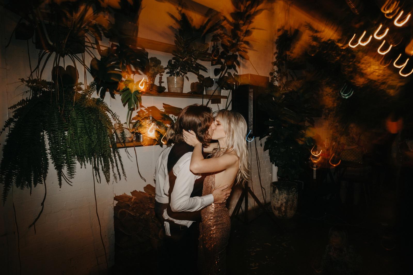 documentary-wedding-photography 00212
