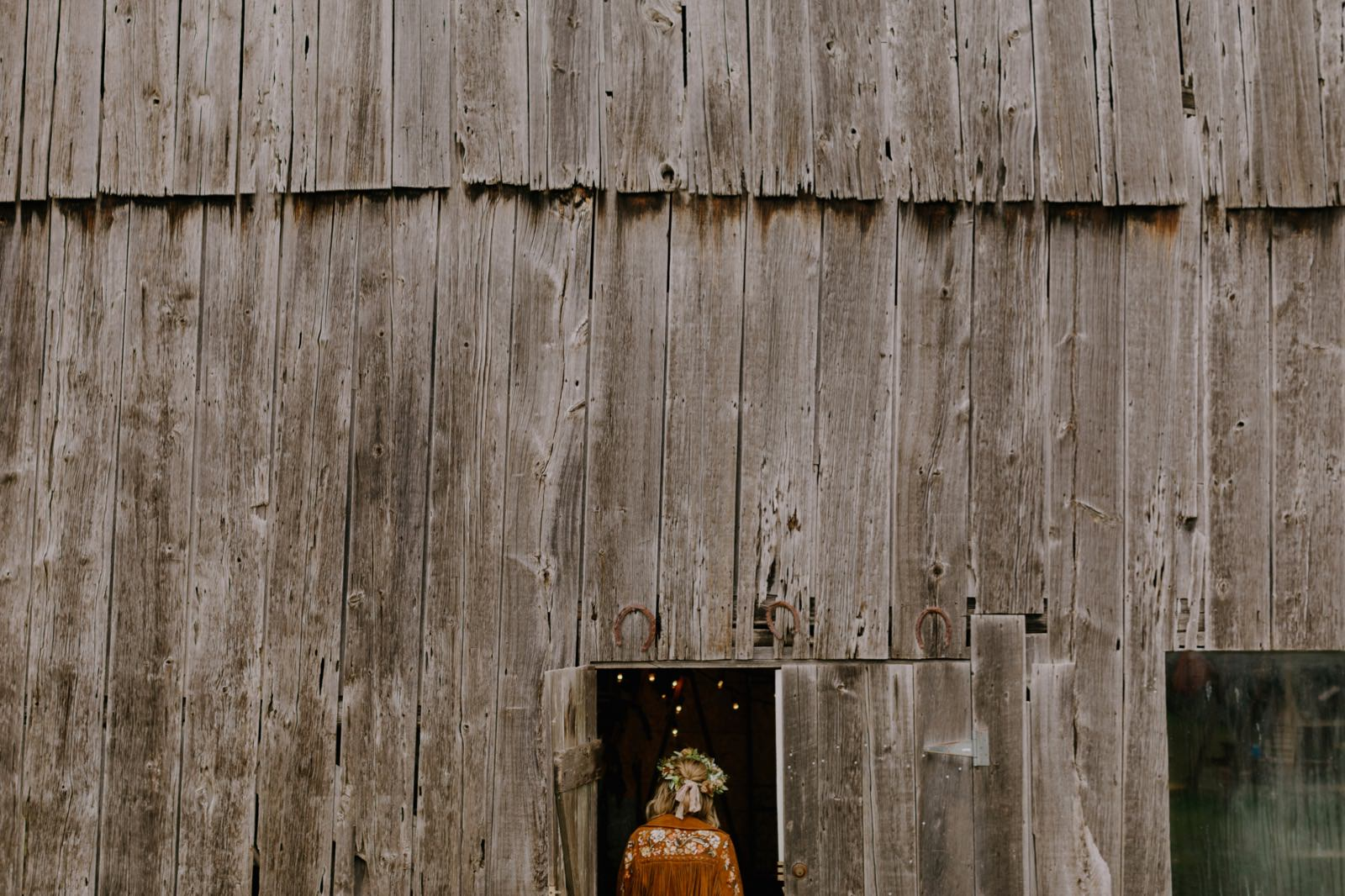 076_Jessy & Perry Wedding 0342_autumn_cinematic_outdoor_family_fall_michigan_barn_intimate_emotional_wedding