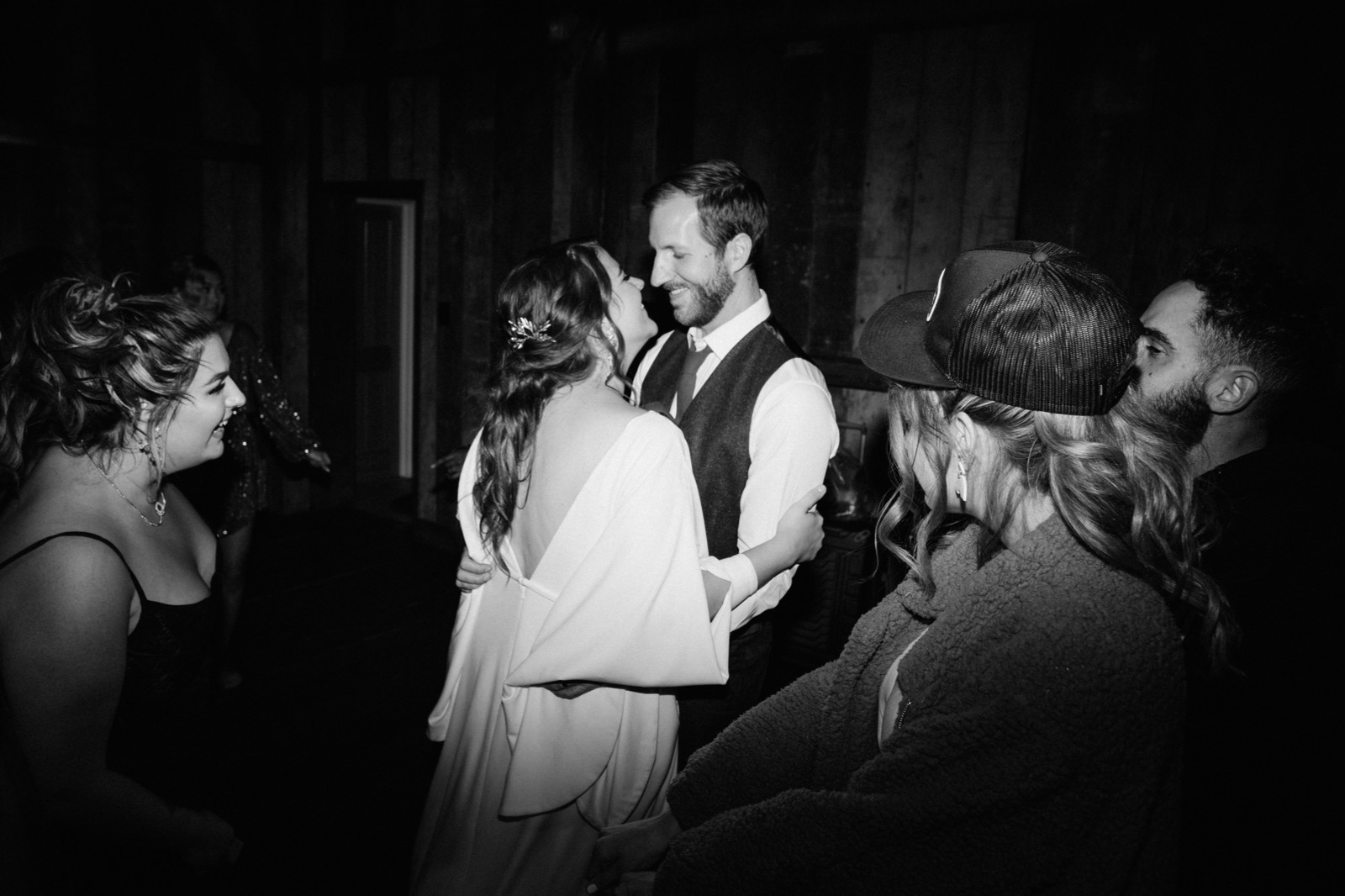 137_E&J 02204_the-waterfall-lodge_forest_wedding_ben-lomond_intimate