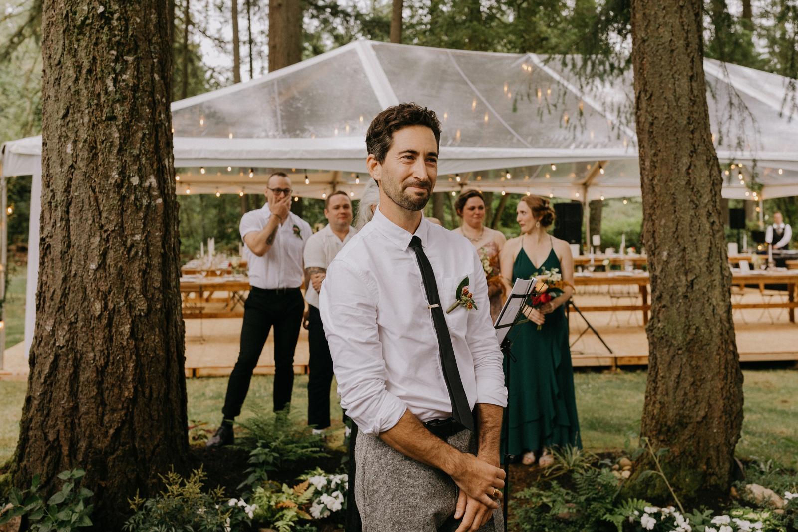 Matthew and Autumn Intimate Outdoor Backyard Wedding_0112