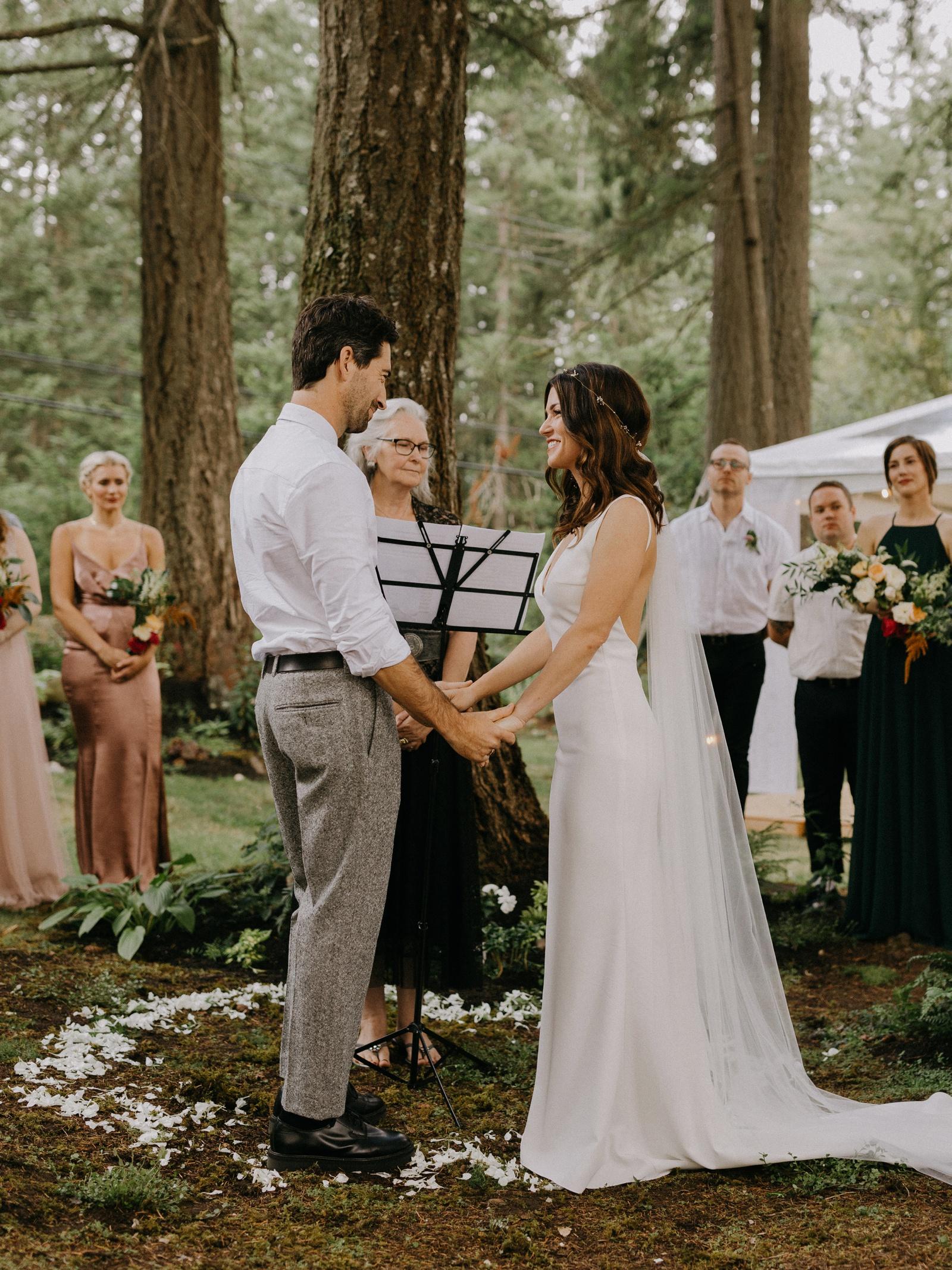 Matthew and Autumn Intimate Outdoor Backyard Wedding_0133